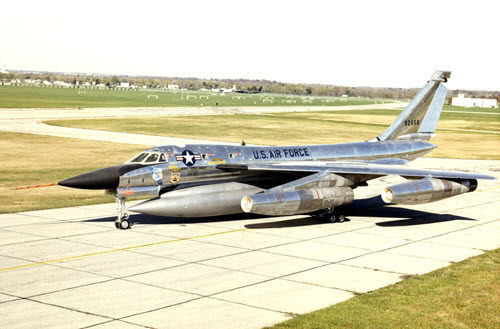 Photo of a B-58 Hustler.